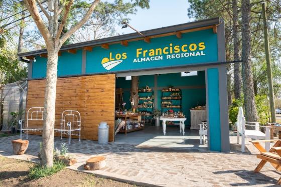 Los Franciscos (1)
